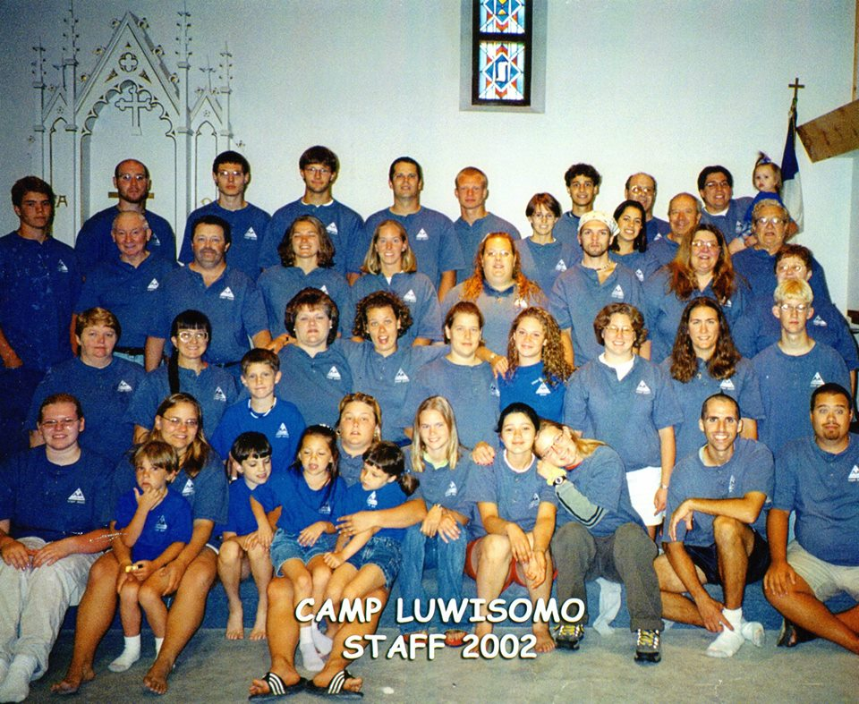 Luwisomo staff photo 2002